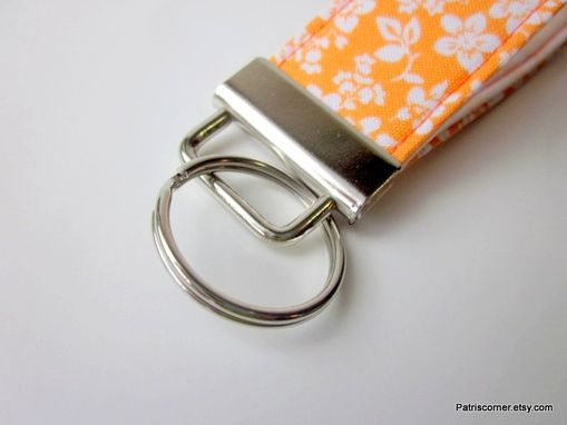 Custom Made Handmade Keyring Key Fob Or Key Holder Small Orange White Flower, Vegan