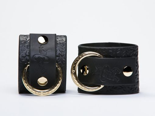Custom Made Leather Bondage Cuffs - Black Latigo - Embossed With Thorns - Brass Lead Ring - Ivy Motif