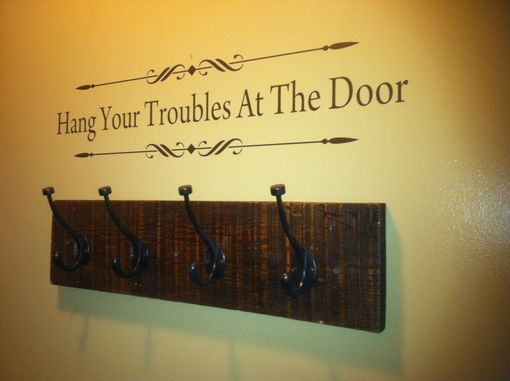 Custom Made Single Board Barn Wood Wall Hanger (Layout)