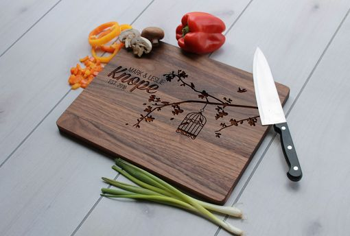 Custom Made Personalized Cutting Board, Engraved Cutting Board, Custom Wedding Gift – Cb-Wal-Knope