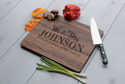 Custom Made Personalized Cutting Board, Engraved Cutting Board, Custom Wedding Gift – Cb-Wal-Mr.&Mrs.Johnson