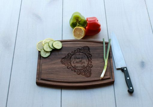 Custom Made Personalized Cutting Board, Engraved Cutting Board, Custom Wedding Gift – Cba-Wal-Bencaitlyn