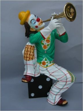 Custom Made Clown Playing A Trumpet Statue