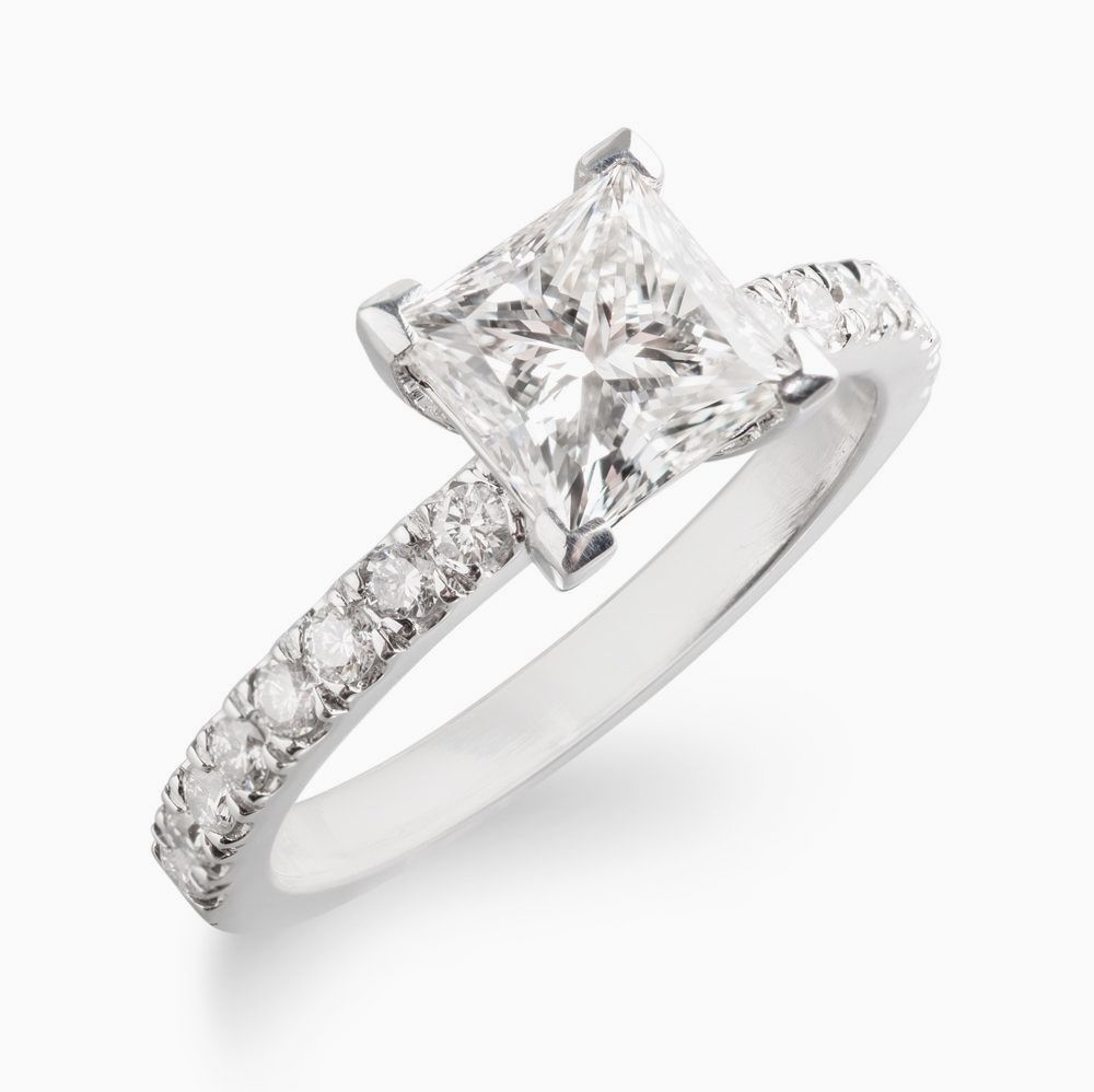 Custommade Diamond: Buy A Custom Made 18k Princess Cut Diamond On Pave Band