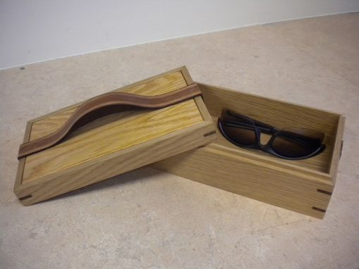 Custom Made Ribbon Handle Keeping Box