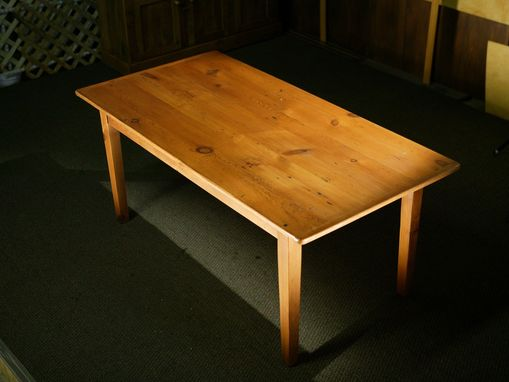 Custom Made Smooth Grain Country Wood Dining Tables With Fruit Wood Finish
