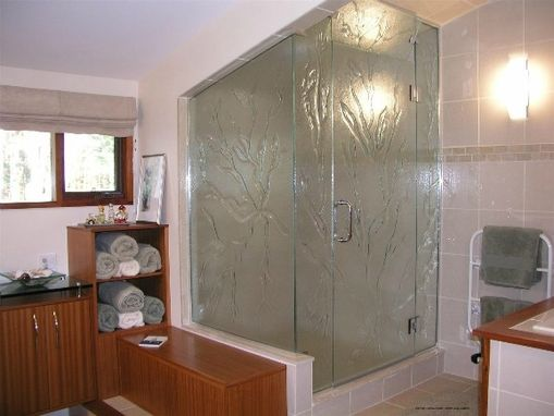 Custom Made Shower Enclosures And Glass Sinks