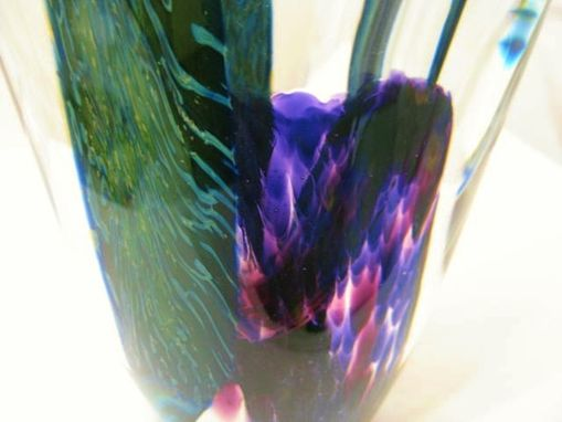 Custom Made Handblown Abstract Leaf And Vine Sculpture