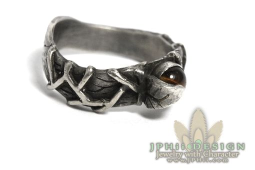 Custom Made Gorgeous Detailed Classic Vine Ring