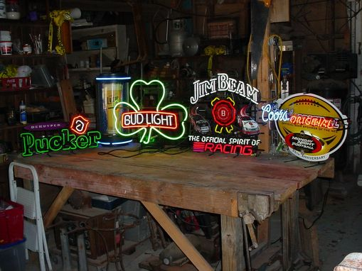 Custom Made Custom Made Neon Lights