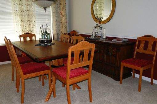 Custom Made Dining Room Table W/2 Leaves & 8 Chairs