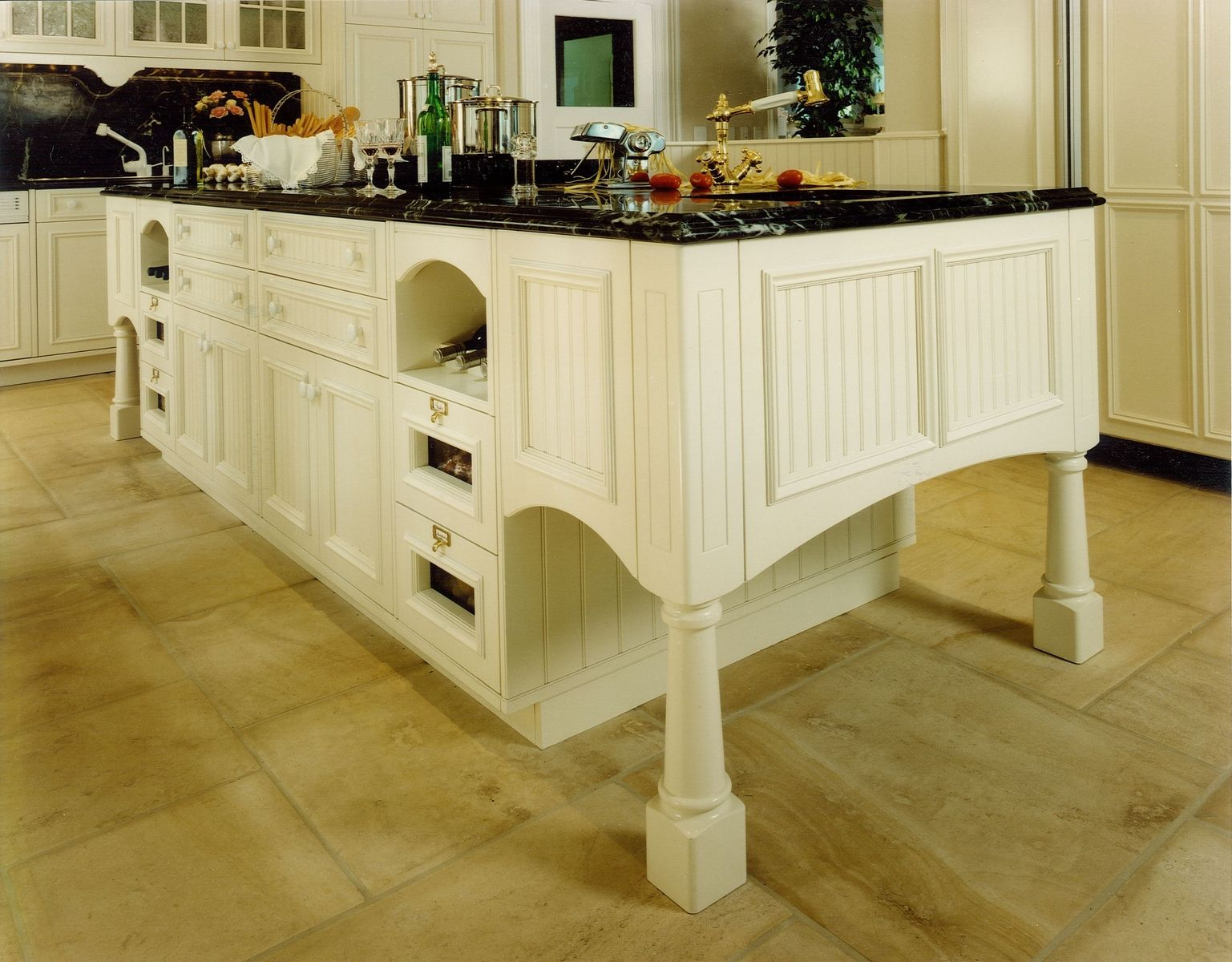 Custom made great american kitchen islands by cabinets for Custom made kitchen islands