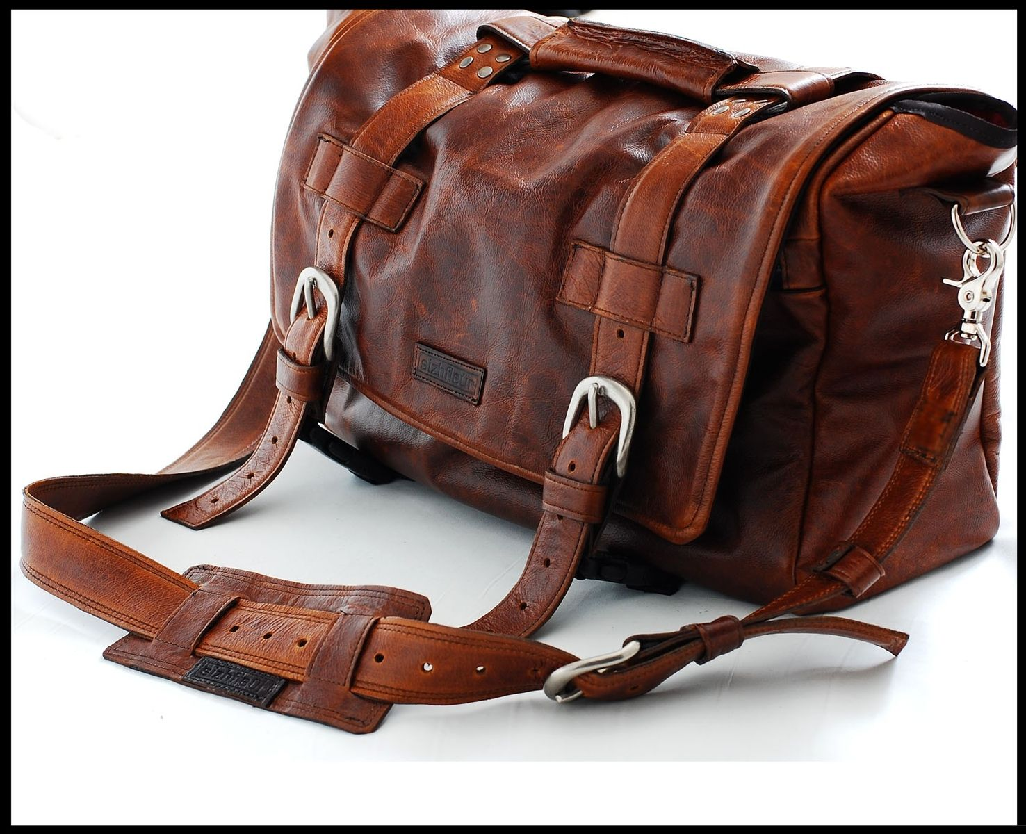 Custom Messenger Bags | Personalized Men's and Women's Leather ...