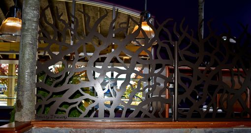 Custom Made Custom Metal Half-Walls Privacy Barriers For Restaurant