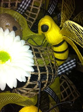 Custom Made Beautiful Bees Deco Mesh Wreath