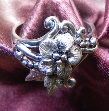 Custom Made Black Hills Gold On Silver Forget-Me-Not & Curl Ring