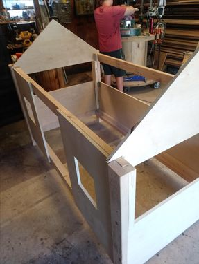 Custom Made Cottage House Bed (Twin)