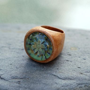 Custom Made Wood Ring Glass Cab Boro Borosilicate Lampwork Wooden Jewelry Distant Shores Size 6