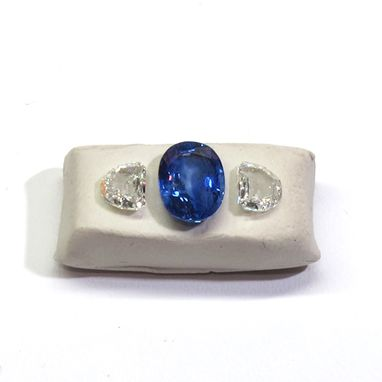Custom Made 2.91ct Oval Ceylon Sapphire Coupled With 0.93 Ctw Half Moon Colorless Diamonds