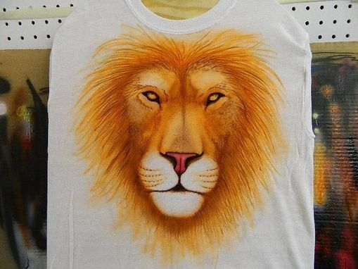 Custom Made Airbrushed Lion T-Shirt