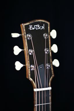 Custom Made 'El Aficionado' (The Limited Edition Cigar Guitar)
