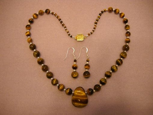Custom Made Graduated Tigers Eye Necklace