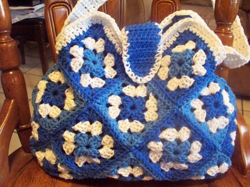 Custom Made Handmade Crochet Purse, Granny Square, Fabric Lining, Custom Colors