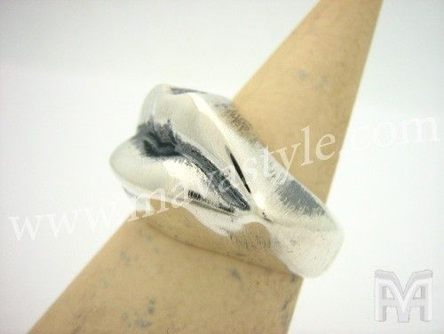 Custom Made Sterling Silver Lips Mouth Kiss Ring