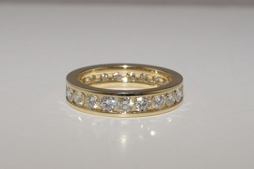 Custom Made 18k Yellow Gold Anniversary Band