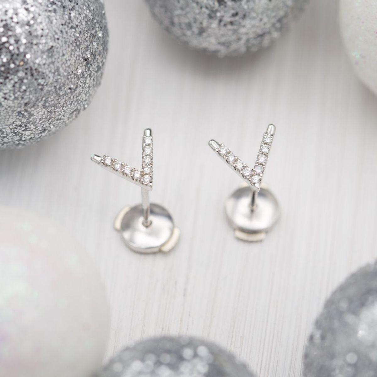 Diamond Pave 18k White Gold Letter V Stud Earrings