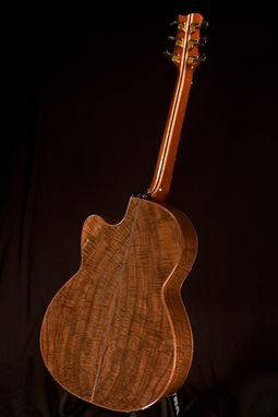 Custom Made Kwasnycia Ooo Walnut/Redwood Guitar