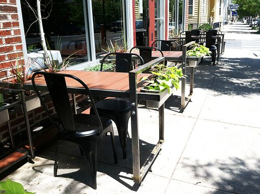 Custom Made Outdour Resturant Seating