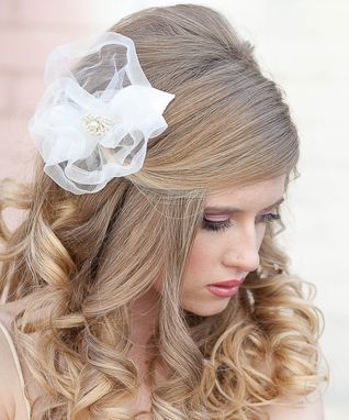 Custom Made Ivory Net Flower Hair Comb, Wedding Hair Comb, Wedding Acessories