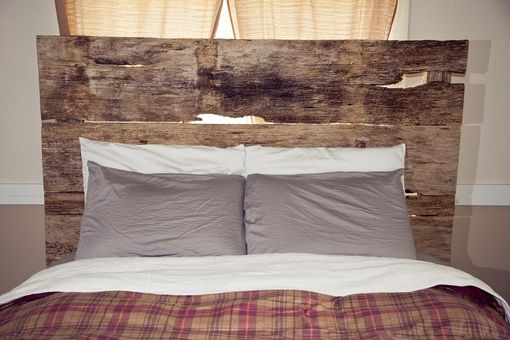 Custom Made Barnwood Headboard (Lynne Collection)