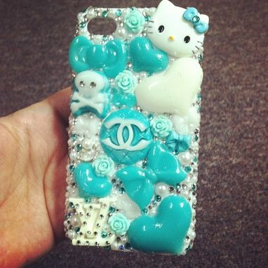 Custom Made Hello Kitty Custom Cellphone Case
