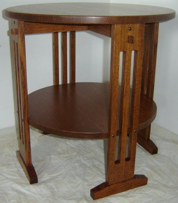 Hand Crafted New Mission Style Solid Quarter Sawn Red Oak Wood Round - Mission style round end table