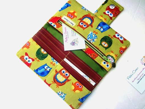 Custom Made Handmade Women Green Wallet Cute Colorful Owls Bibs Aprons.