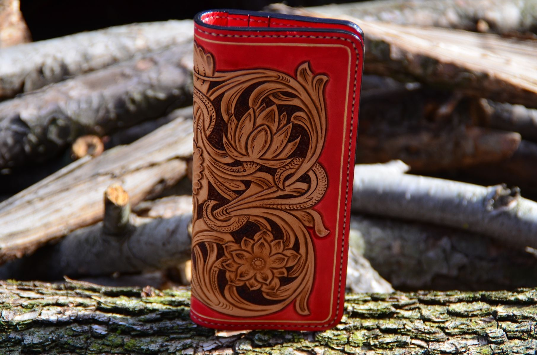 Custom hand carved leather wallet by rzleathercraft