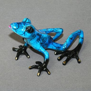 Custom Made Bronze Frog Statue Figurine Amphibian Art (Color Of Live Frogs) Limited Edition Signed Numbered