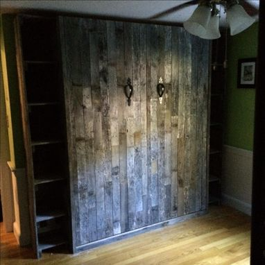 Custom Made Reclaimed Pallet Wood (Oak)
