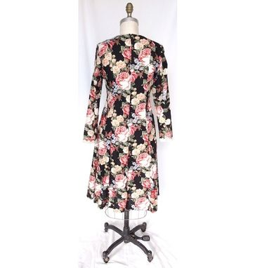 Custom Made Vintage Coat Dress With Floral Print And Lace Trim