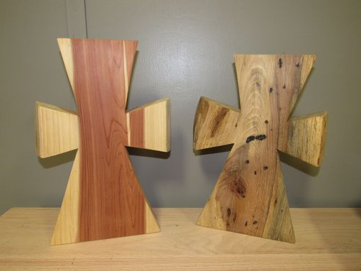 Custom Made Cedar And Pecan Chunck Crosses For Home Decor.