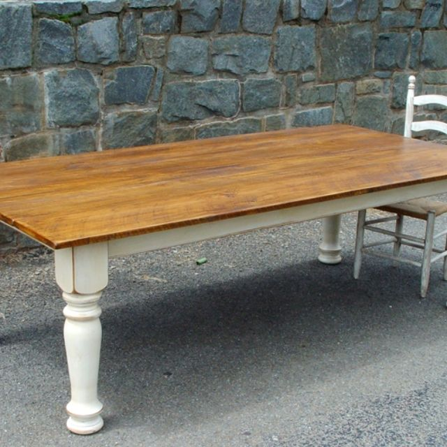 Farm Table With Turned Legs