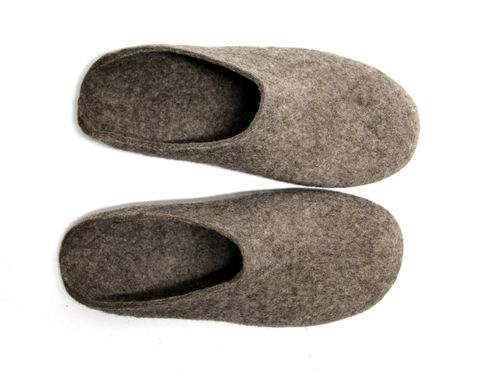 Custom Made Men's Wool Clogs Eco Brown