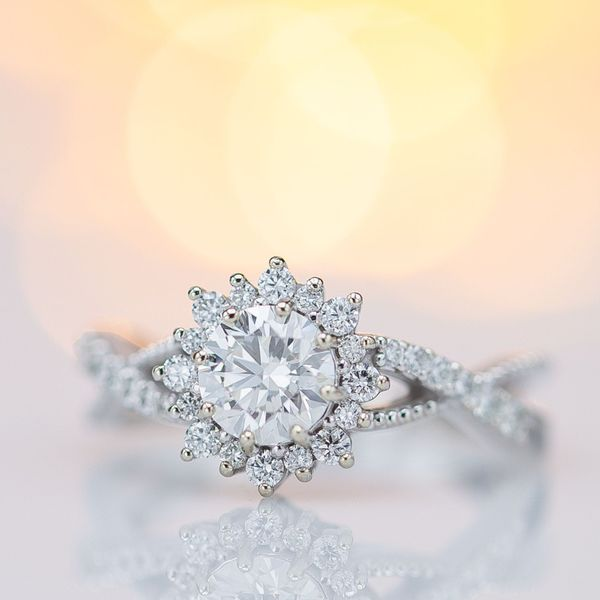 This sunburst halo is a popular vintage-inspired style of halo to add incredible, stylish sparkle to a ring's design.