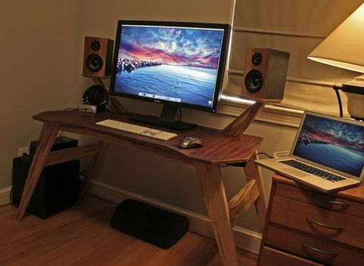 Custom Made Bug Eye Gaming Or Audiophile Desk