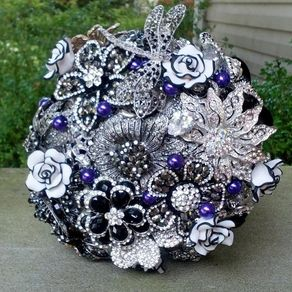 Create Wedding Flower Centerpieces And Bouquets