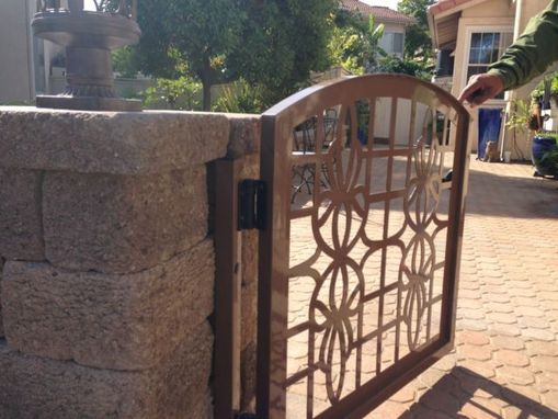 Custom Made Metal Gate Custom Factory Direct Italian Contemporary Iron Garden Art