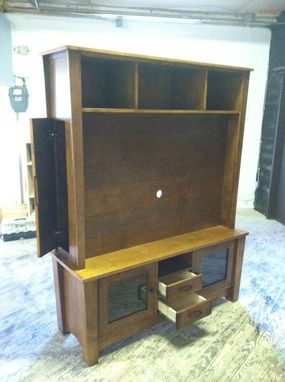 Custom Made Shaker Style Tv Cabinet