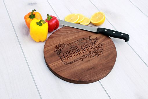 Custom Made Personalized Cutting Board, Engraved Cutting Board, Custom Wedding Gift – Cbr-Wal-Greenland